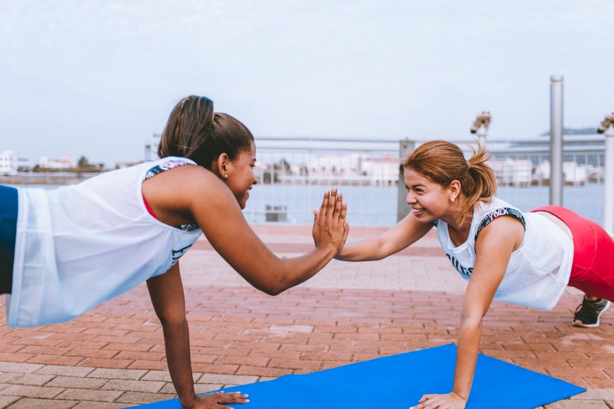 treino com amigo